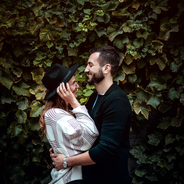 bluszcz, romantyczna para w zieleni
